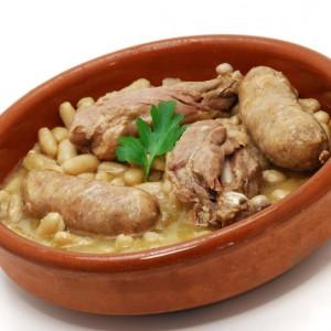 Plat cuisiné cassoulet